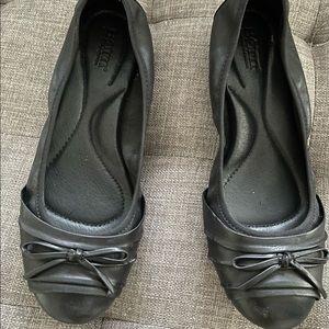 Born black flat shoes size 8.5
